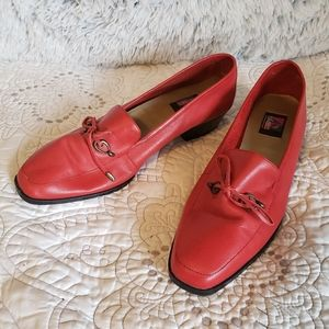 VINTAGE Art Effects Leather Heeled Loafers